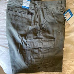Men's Cargo Shorts NWT